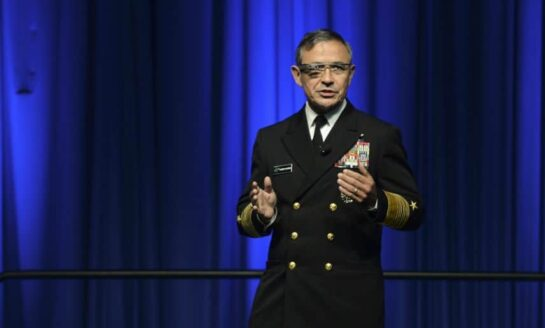 Admiral Haris google glass